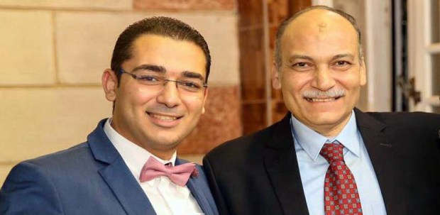الدكتور عماد أبو زيد ونجله الدكتور أحمد عماد