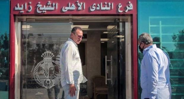 محمود الخطيب يتابع الإنشاءات فى فرع الشيخ زايد