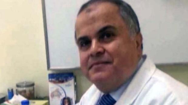 الدكتور عبد الله مشالي، ويعمل في قسم الباطنة والجهاز الهضمي بمستشفى جابر الأحمد للقوات المسلحة