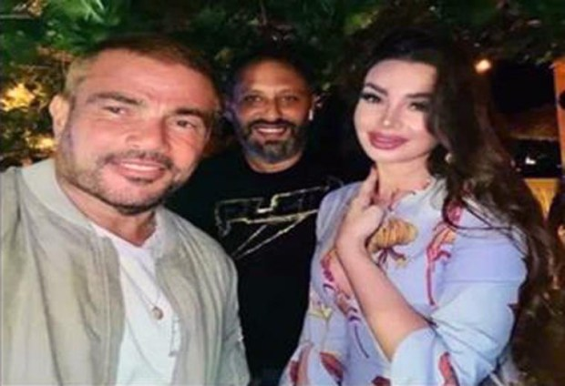 عمرو دياب مع الراقصة جوهرة في الجونة