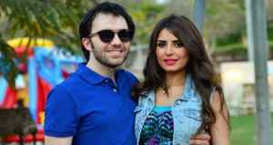 الفنان شريف رمزي وزوجته