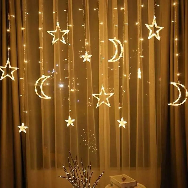 ستارة رمضان المضيئة هلال ونجوم
