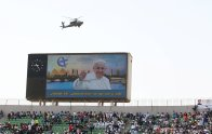 Pope Francis Mass in Cairo Stadium Egypt 2017 (Source: Youm7)