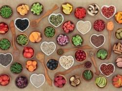 http://easyhealthoptions.com/anthocyanins-keep-heart-disease-diabetes-obesity-away/
