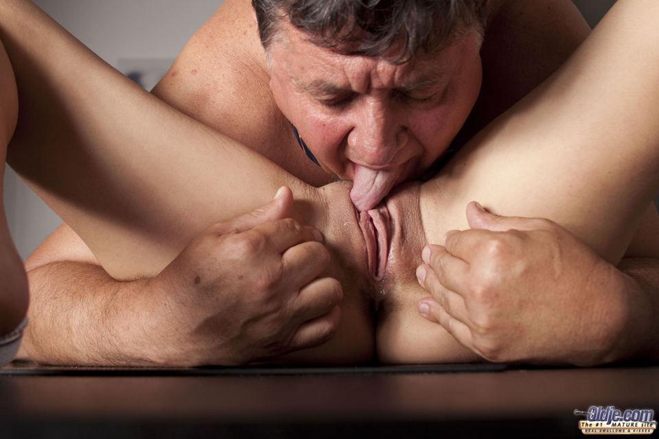 guys eating pussy tumblr