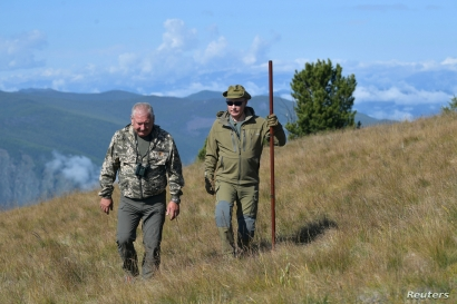 Russian President Vladimir Putin is seen during his holiday in the Siberian taiga, Russia October 7, 2019.  Sputnik/Alexei…
