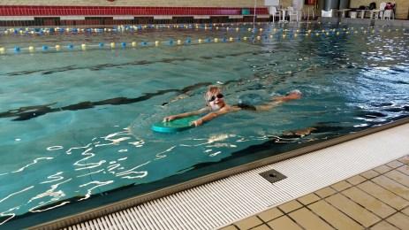 Casper til svømning på Pilehaveskolen
