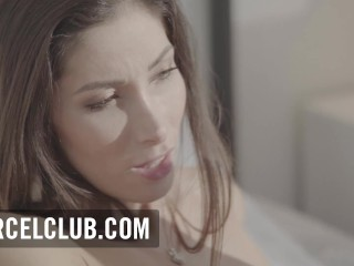 Hardcore Lesbian Sex Scene starring The French PornStar Cléa Gaultier And the blond beauty Lovita