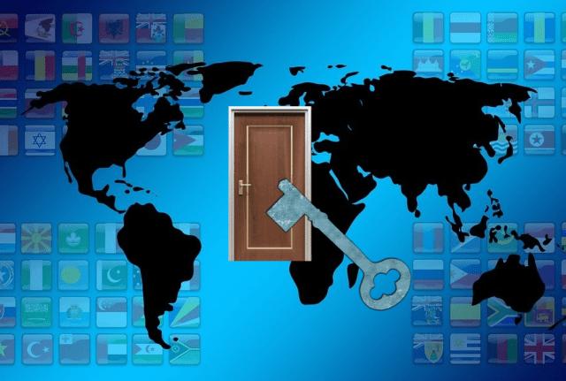 世界へのドアのカギ