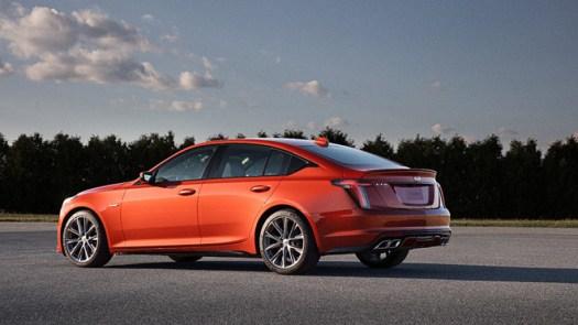 2020's top midsize luxury cars 4