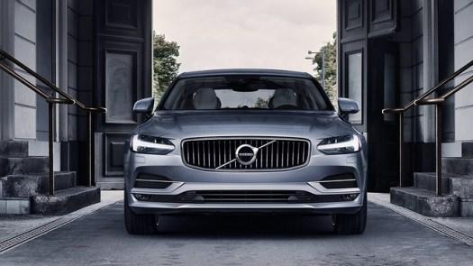 2020's top midsize luxury cars 5