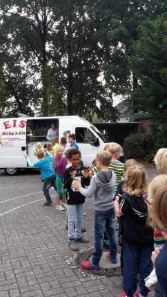 Verabschiedung Viertklässler Postdammschule 12.07 (6)