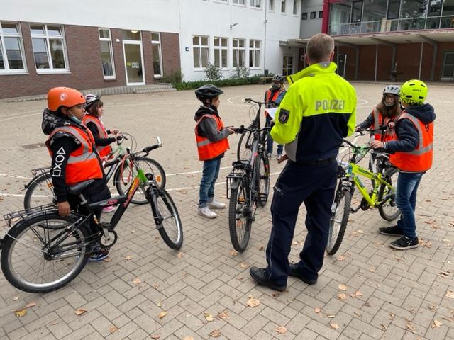 Radfahrprüfung Eichendorffschule 21.09.2021 (3)