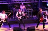 """Status Quo Show mit Rainer Gaus, Mathioas Berking, Jörg """"Kiwi"""" Kiwitt (von linsk) und Schlagzeuger Tobi Euler. (Foto: Reiner Züll)"""