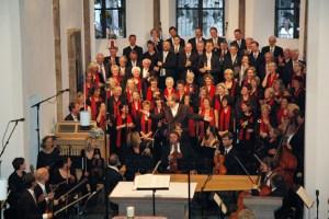 """""""Aus Freude am Singen"""" – unter diesem Motto tritt der Kirchenchor Marmagen jährlich mit geistlichen und weltlichen Chorkonzerten an die Öffentlichkeit. Jetzt feiert er sein 125-jähriges Bestehen. Bild: Privat"""