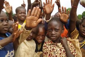 Für die Kinder in Burkina Faso soll eine Realschule gebaut werden. Bild: Harry Kunz