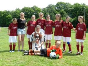 Das SGO/SG92- D-Mädchenteam der Saison 2013/14 ist nur eine der Mädchenfußballmannschaften der SG Oleftal. Foto: privat