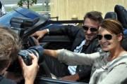 """Die Schauspieler Anja Kling (u.a. Tatort) und Mark Keller (Alarm für Cobra 11) im Jaguar """"F-Type Project Seven"""". (Foto: Reiner Züll)"""