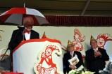 Der Bürgermeister und Schirmherr Herbert Radermacher gab sein Debüt in der närrischen Bütt. (Foto: Reiner Züll)