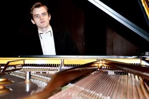 """Florian Koltun ist auch der künstlerische Leiter der Kammermusikreihe """"Montjoie Musicale"""". Foto: privat"""