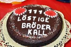 Ein Kuchenspender hatte zum Geburtstag der Löstige Bröder einen besonders schönen Kuchen gebacken. (Foto: Reiner Züll)