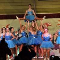 Udenbrether Mädchen präsentierten einen flotten akkrobatischen Tanz. (Foto: Reiner Züll)