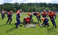 Übungen nach der Feuerwehr-Dienstvorschrift 3 (FWDV3) gehören zu den wichtigsten Grundkenntnissen, die Jugendfeuerwehrleute beherrschen müsssen. Foto: Reiner Züll