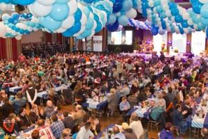 Ein großes Fest für und mit den rund 1000 Mitarbeitern feierten die Nordeifel-Werkstätten im City Forum. Bild: Tameer Gunnar Eden/Eifeler Presse Agentur/epa
