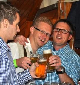 Auch Fußballer vom SSV Golbach feierten in Lorbach kräftig mit. Foto: Reiner Züll