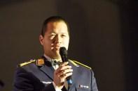 Oberstleutnant Timor Oliver Chadik leitet die hochkarätige Bandformation in Uniform. Bild: Tameer Gunnar Eden/Eifeler Presse Agentur/epa