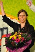 Blumen bekam die Jugendwartin der Löstige Bröder, Rebekka Kautz. Foto: Reiner Züll