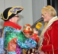 Chefredaktuer Norbert Jeub im Gespräch mit der Kaller Prinzessin Maike I. (Wilkens). Foto: Reiner Züll