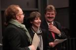 Christian Wolf (v.l.), Dr. Sabine Dirhold und Karl Heinz Daniel verteilten Urkunden und Förderpreise. Bild: Michael Thalken/Eifeler Presse Agentur/epa