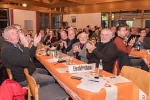 Mit langanhaltendem Applaus reagierten die CDU-Mitglieder auf die Nominierung von Klaus Voussem zum CDU-Direktkandidaten. Bild: David Dreimüller