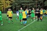 Das Schützenfest fiel aus: Das Spiel endete mit 7:1 Toren für die Mönchengaldbacher Altstars. Mit diesem Ergebnis waren alle Akteure zufrieden. Foto: Reiner Züll