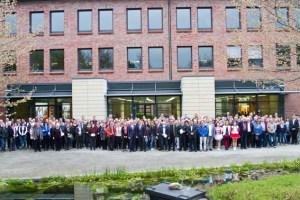 Volles Haus im S-Forum der Kreissparkasse: Über 400 Personen kamen zum großen Stiftungsabend. Bild: Tameer Gunnar Eden/Eifeler Presse Agentur/epa