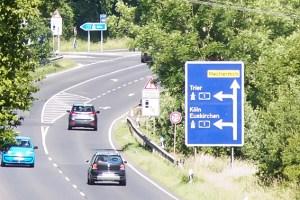 Derzeit laufen die Bauarbeiten zum Umbau der Anschlussstelle A1/B477 Mechernich/Bad Münstereifel. Symbolbild: Tameer Gunnar Eden/Eifeler Presse Agentur/epa