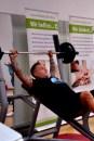 1188 Mal pumpfte Michael Schlögel die 33,6 Kilo schwere Hantel in diie Höhe. n 60 Mnuten stemmte er insgesamt über 42 Tonnen. Foto: Reiner Züll