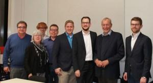 Thilo Waasem (3.v.r.) präsentierte sich nach der Wahl mit Günter Schäfer (v.l.), Helga Ebert, Dustin Gemund, Guido Maasen, Markus Ramers, Peter Schlösser und Fa-bian Köster-Schmücker der Kamera. Bild: SPD
