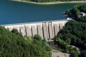 Die Oleftalsperre ist nur eine von sechs Talsperren, die der Wasserverband Eifel-Rur in der Nordeifel betreibt. Foto: WVER