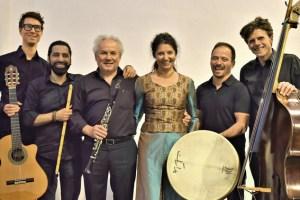 """Das """"Avram-Ensemble"""" ist eine interkulturelle Formation virtuoser Musiker um die Sängerin Schirin Partowi. Bild: Werner Brandt"""