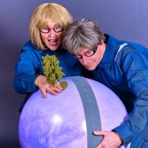 """Anlässlich des zehnjährigen Bestehens der Nationalpark-Schulen Eifel führt das Umwelttheater """"Die Mimosen"""" ein unterhaltsames Stück für die ganze Familie auf. Bild: Die Mimosen"""