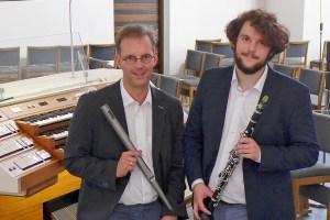 Holger und Matthias Weimbs wollen mit ihrem Konzert die Geflüchtetenhilfe von Caritas International auf der griechischen Insel Lesbos unterstützen. Bild: privat