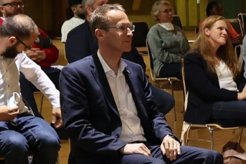 """Detlef Seif MdB, hier kürzlich bei der Veranstaltung """"Faktencheck Integration"""" in Kall, pflegt auch nach dem Brexit gute Kontakte nach Großbrittanien. Bild: Michael Thalken/Eifeler Presse Agentur/epa"""