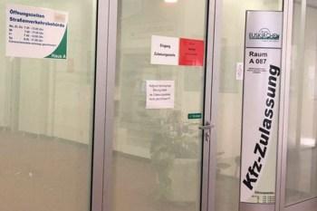 Die Zulassungsstellen der Straßenverkehrsämter in Euskirchen und Schleiden haben in dieser Woche nur für Flutopfer geöffnet. Bild: Kreis Euskirchen