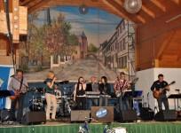 """""""Déjá Vue"""" war eine der Bands, die am Vatertag in Kommern zu Gunsten der Hilfsgruppe Eifel spielte. Bild: Reiner Züll"""