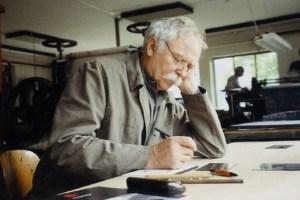 Der 82-jährige Künstler gilt als einer der bekanntesten Kinderbuchautoren der Welt. Bild: Janosch Film & Medien