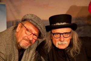 Achim Konejung (links) und Hubert vom Venn – zwei alte Hasen gründeten ein neues Eifel-Kabarettduo.       Bild: Kurt Schreiber