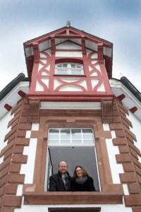 Ralf und Monika Kramp freuen sich auf die Neueröffnung ihres Kriminalhauses. Bild: KBV