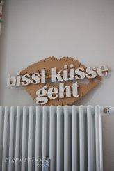 bissl küsse geht